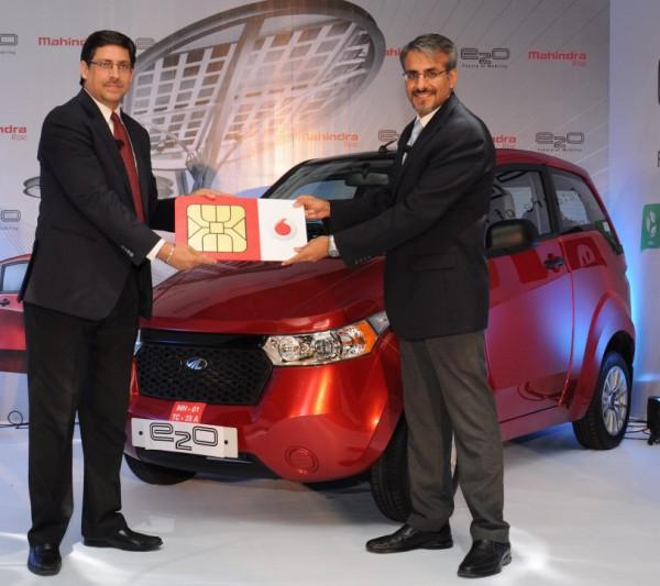 Vodafone-India-connectivity-to-Mahindra-Reva-e2o